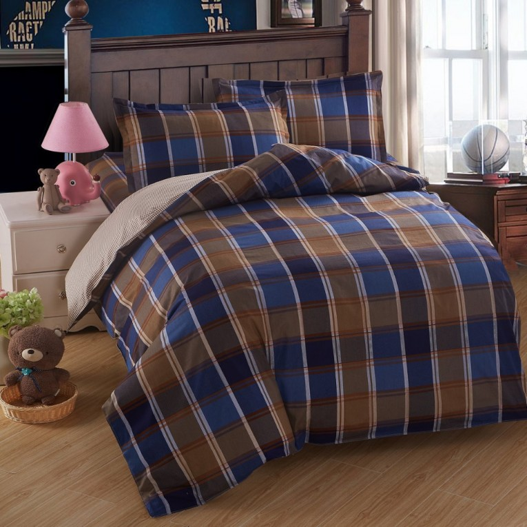 Chic Plaid Comforter With Rugs And Wooden Floor Plus Headboard And Sidetable Also Pillows