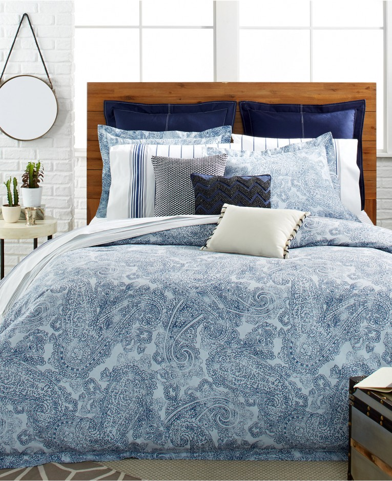 Classy Comrforter Set Light Of Paisley Comforter With Pillows And Unique Sidetable And Nightlamps