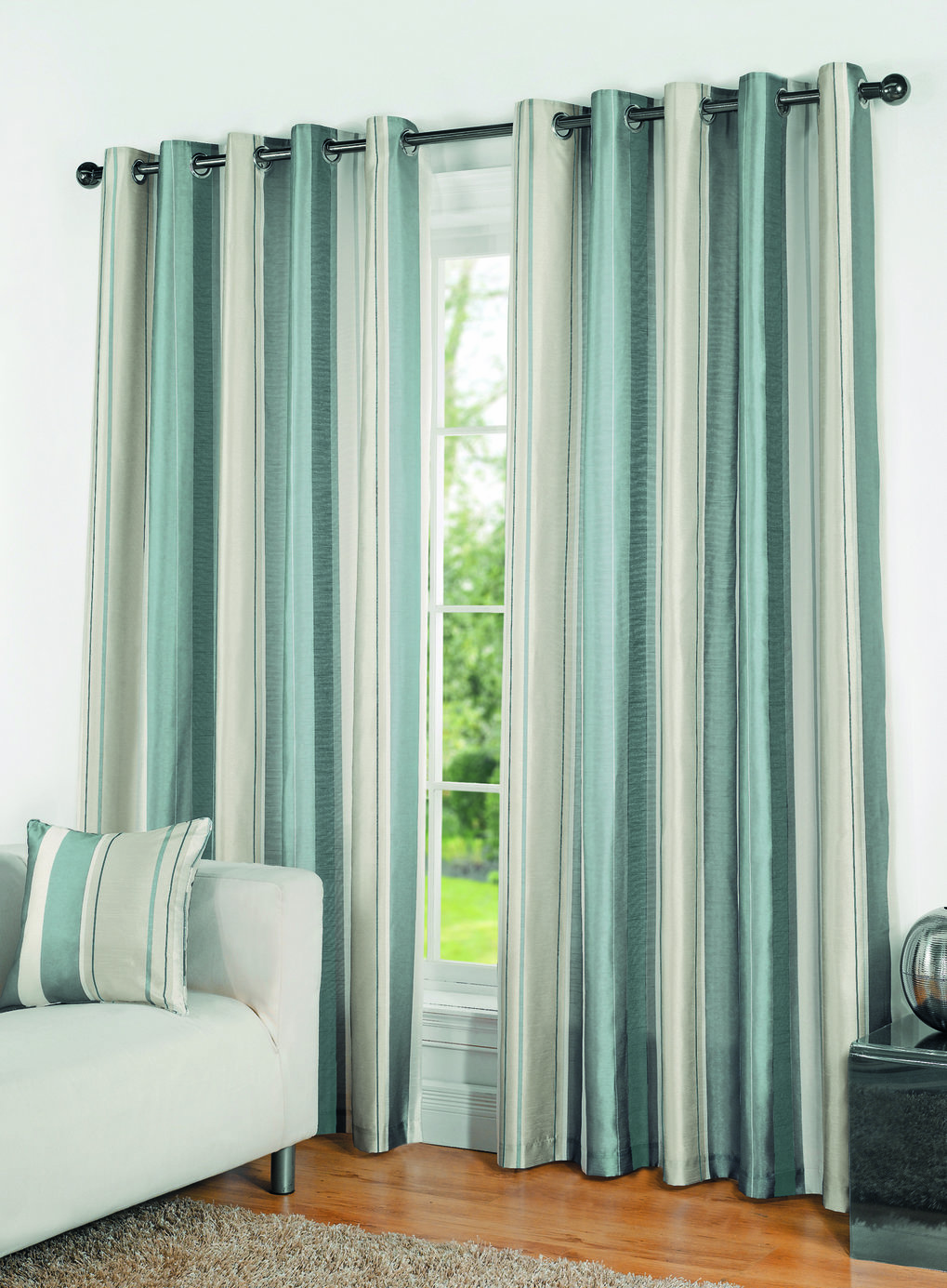Classy striped curtains with long curtain and nightlamps also single sofa combined with fluufy rug and lowes mini table