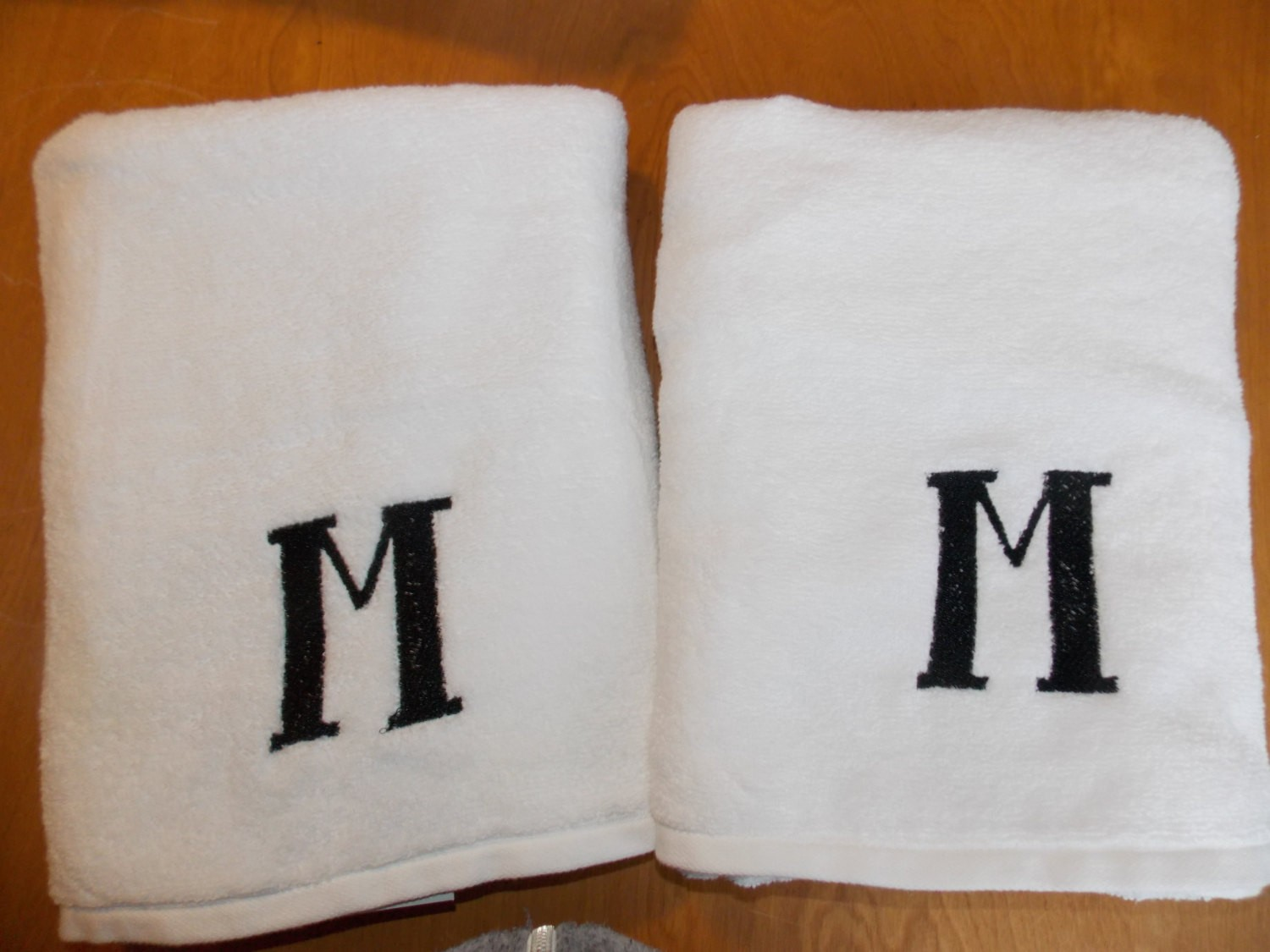 Cute monogrammed bath towels with personalized towel of monogrammed towel set ideas