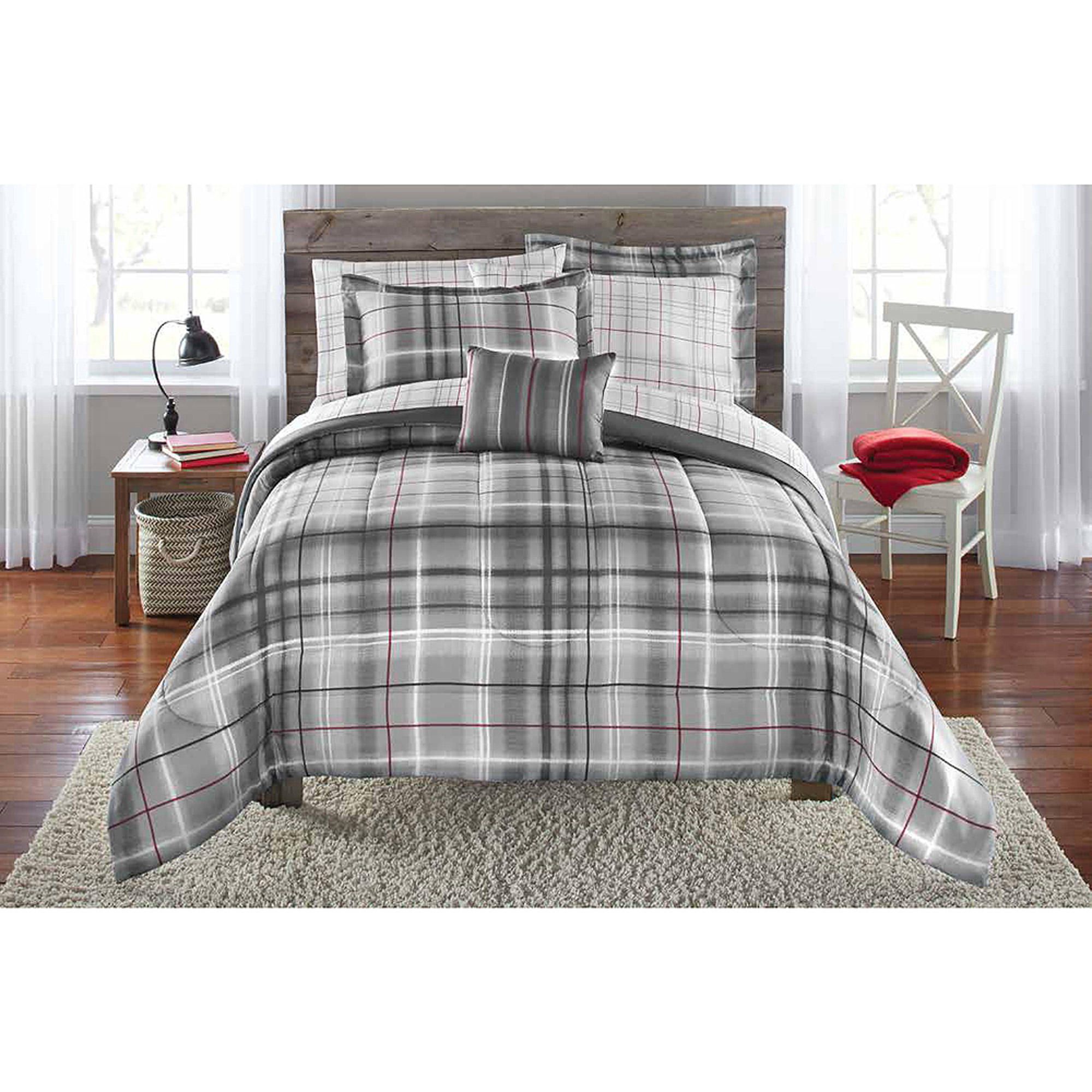 Elegant plaid comforter with rugs and wooden floor plus headboard  sidetable also pillows Bedroom Classy Plaid Comforter Furniture For Bedding Sets Ideas