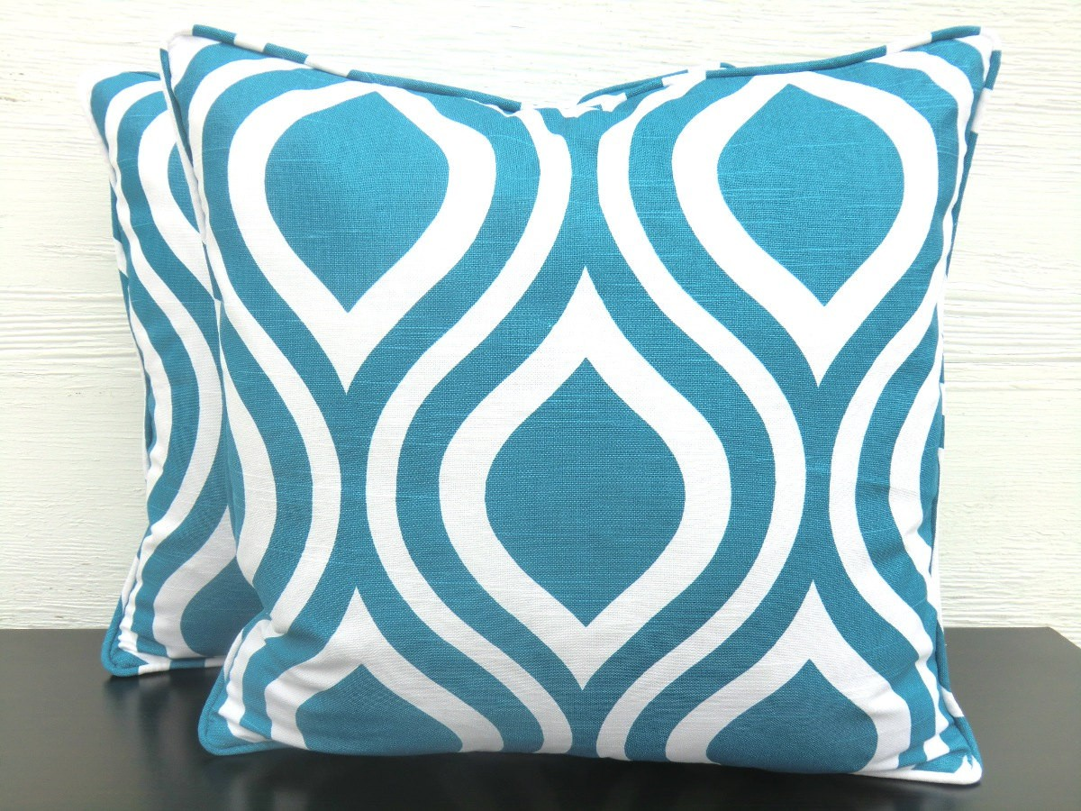 Enchanting Cushions Teal Throw Pillows For Queen Bed Size King Bedsize Or Sectional Sofa Also Wicker Rattan Chairs For Living Room Accesories Parts Furniture Ideas