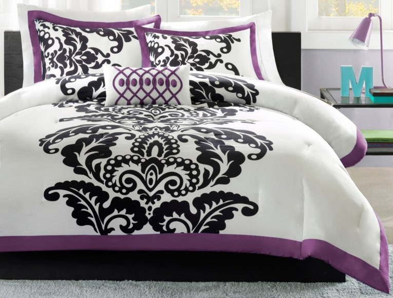Enjoyable Bedroom With Black And White Comforter Sets And Laminate Porcelain Floor Also Curtain And Sidetables