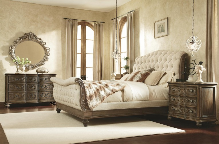 Fabulous Headboars King Sleigh Bed With Royal Duvet Cover And Luxury Sheets Also Unique Area Rug Above Laminate Flooring Ideas