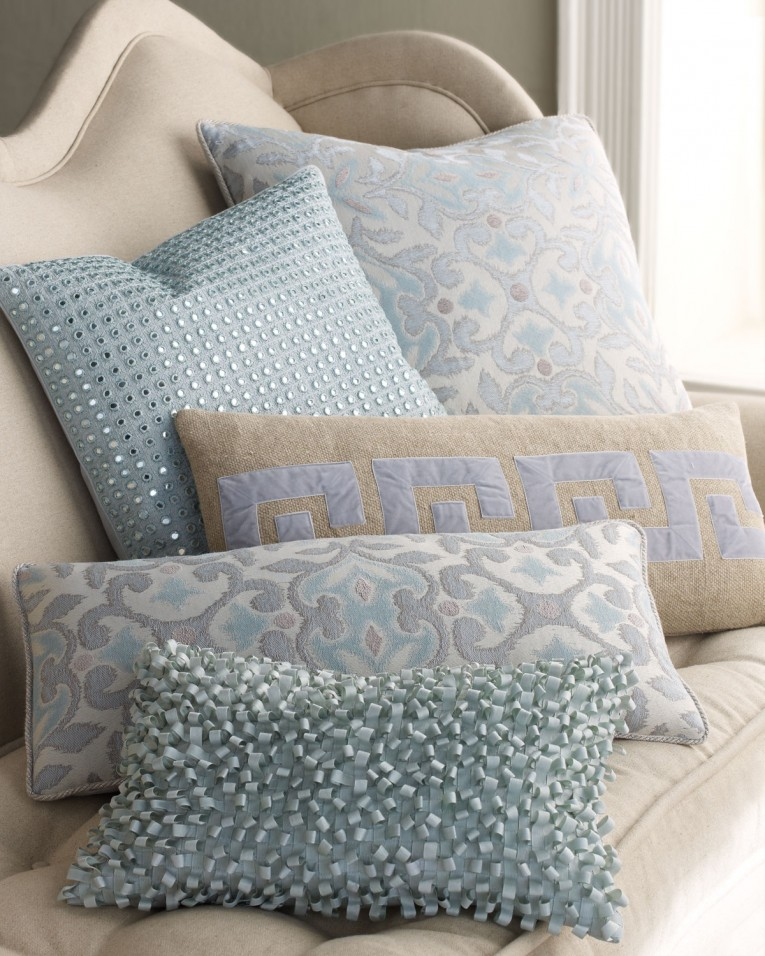 Unique Dransfield And Ross With Pillow And Toss Pillows