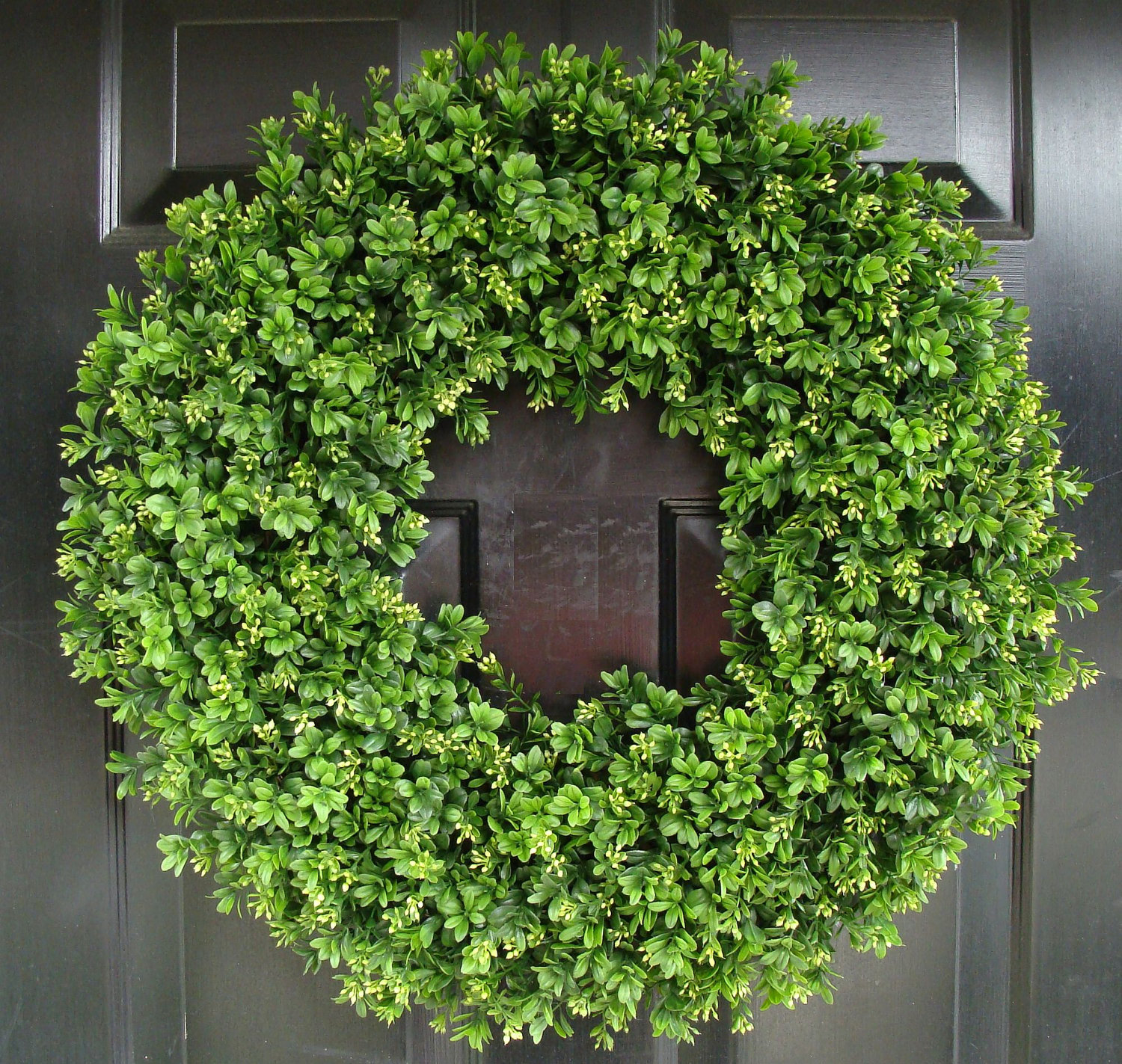 Amazing Circle Artificial Boxwood Wreath At Front Door