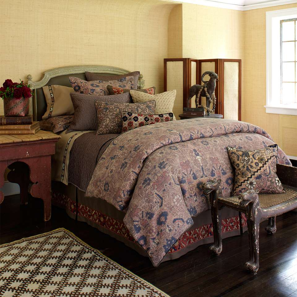 antayla bed dransfield and ross with rug and lowes sidetable