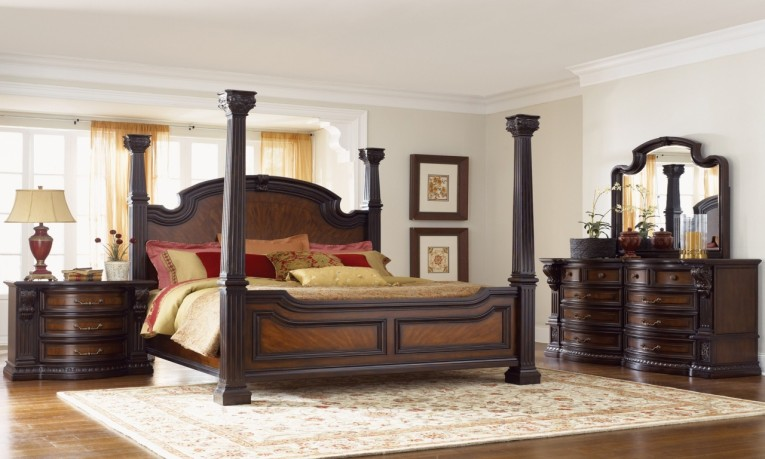 Awesome King Size Canopy Bed