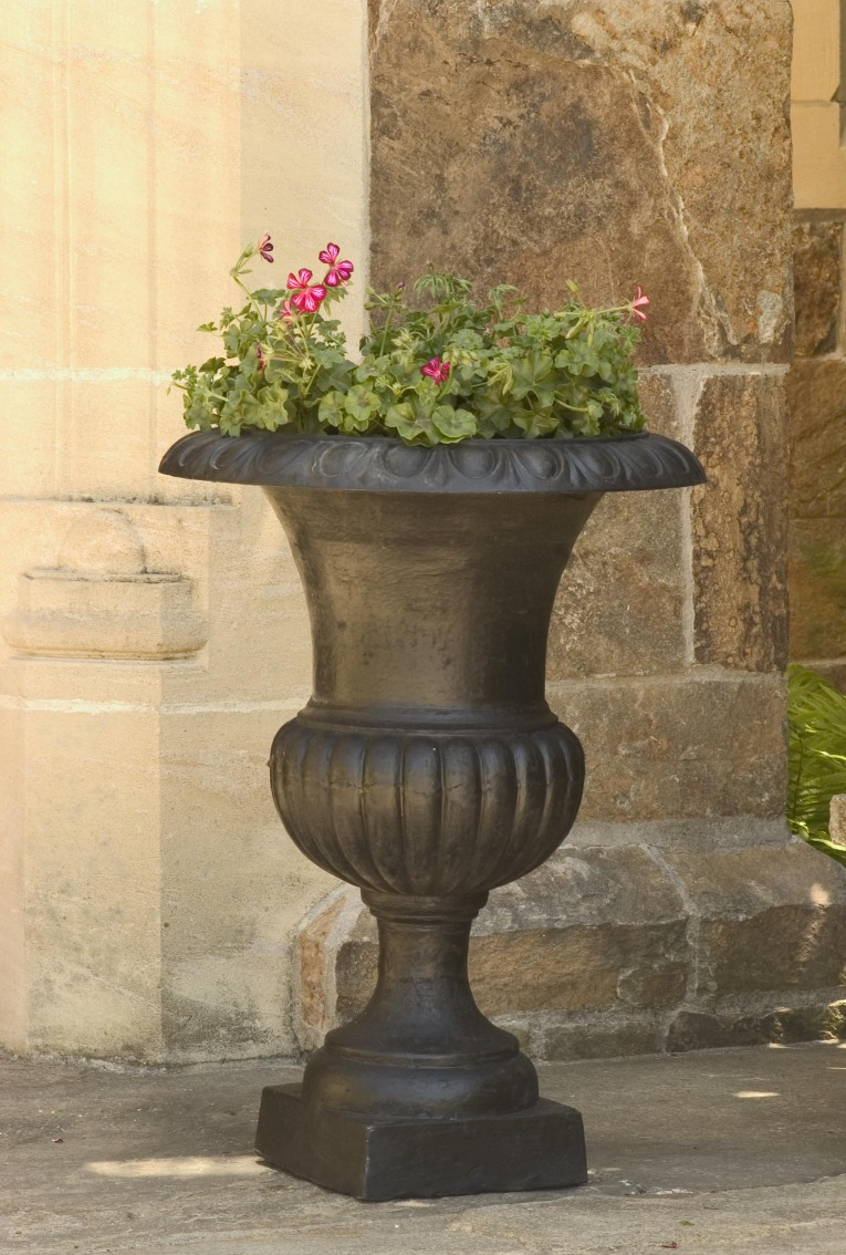 Black Design Urn Planters With Fascinating Color