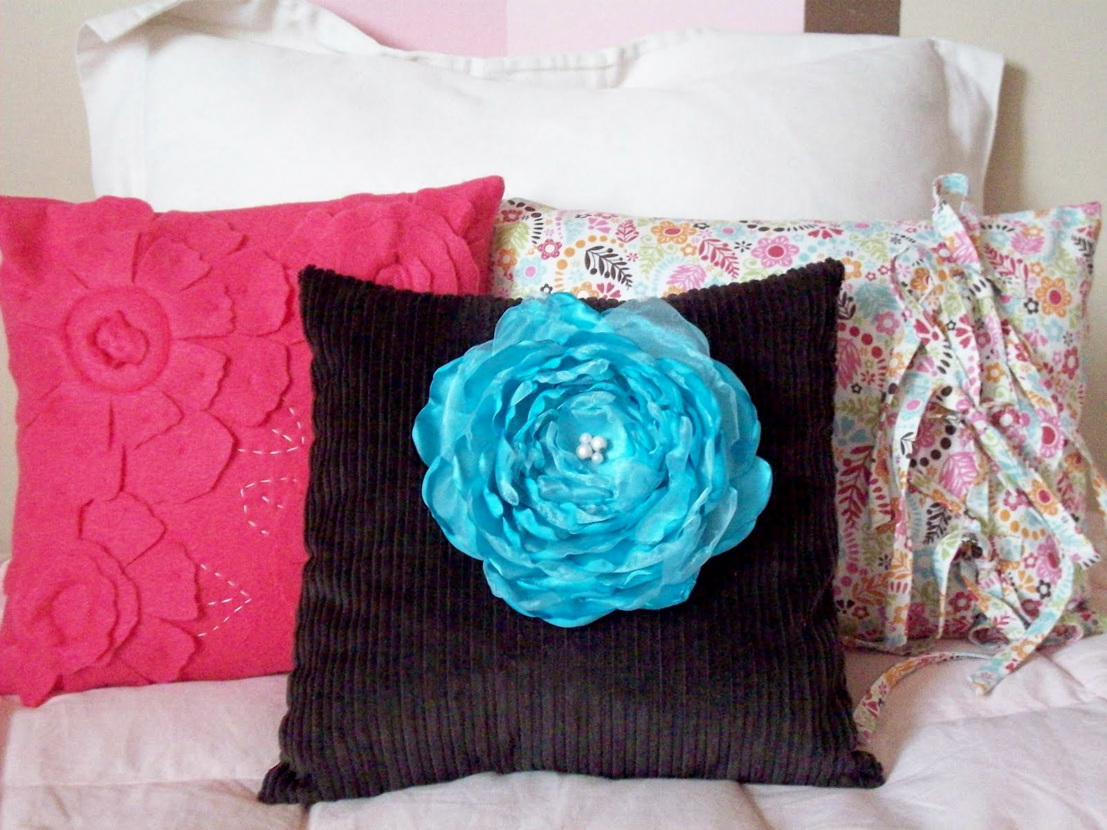 blue rose at sofa pillows