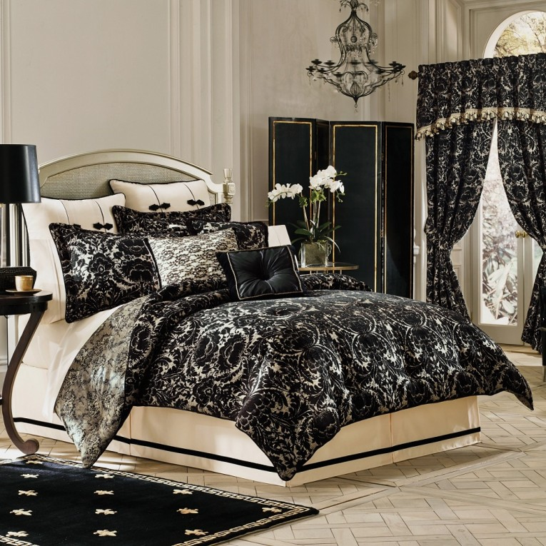 Elegant Black Curtain And Classy Bedding Sets King