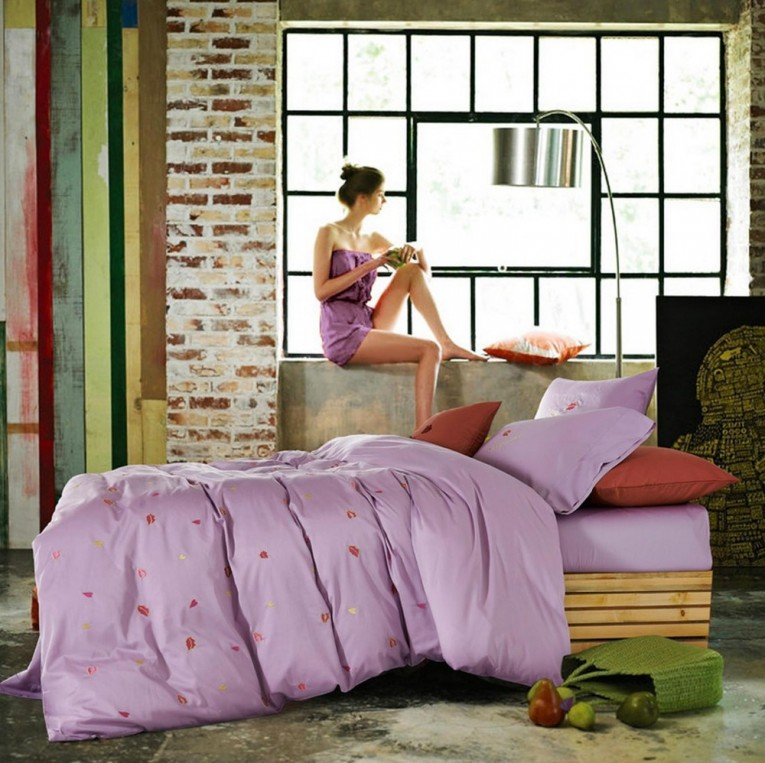 Elegant Comforters For Teens With Arc Lamp
