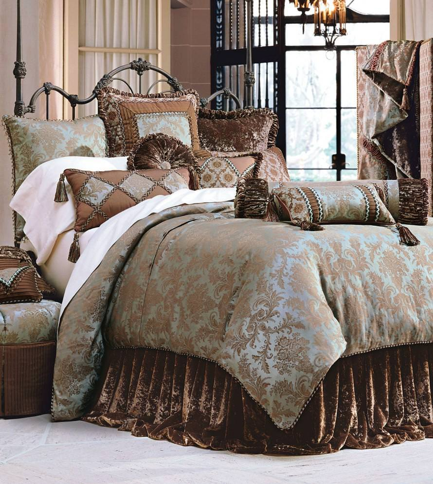 Fascinating White Rug And Bedding Sets King