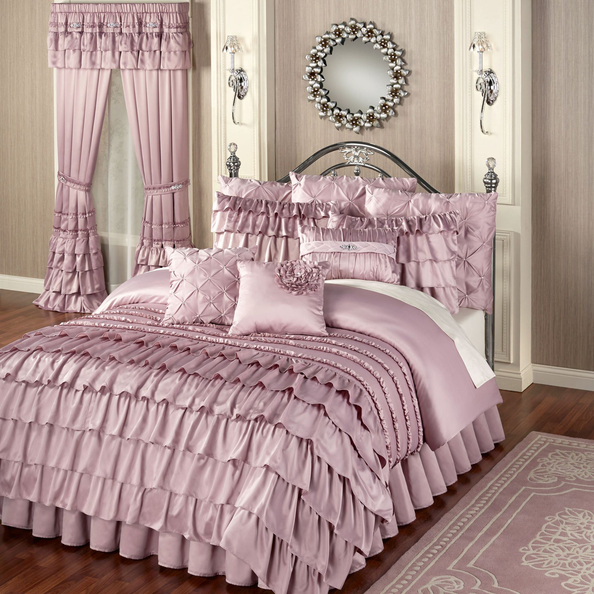 Beautiful Ruffle Comforter is The Best Idea for Queen Bedsize: Light Pink Duvet Cover Ruffle Comforter And Pink Rug