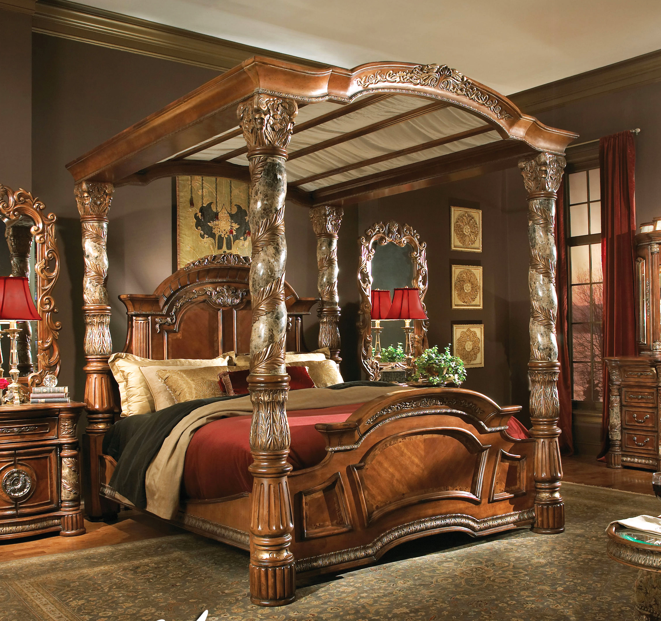 Gorgeous Bedroom Fill with King Size Canopy Bed: Mesmerizing King Size Canopy Bed With Red Color