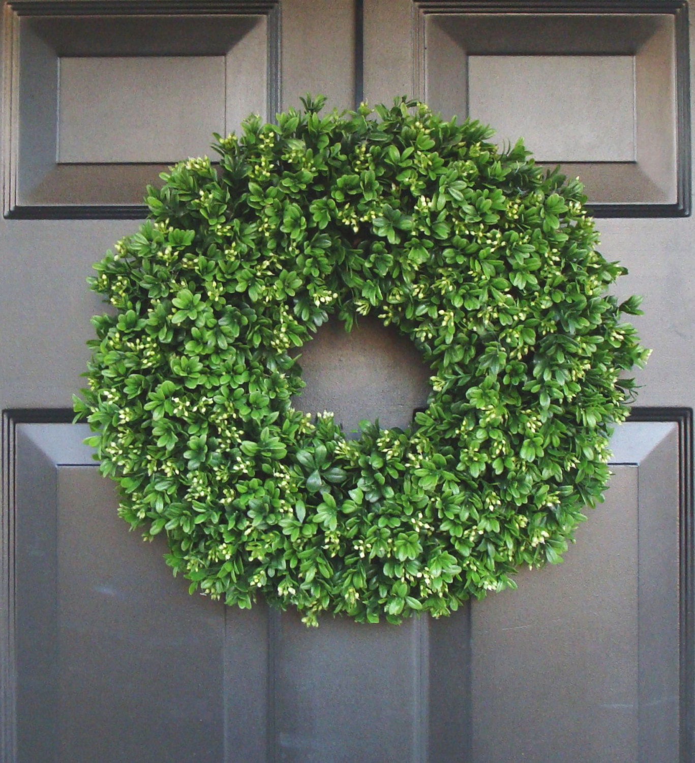 Artificial Boxwood Wreath  20 Inch Front Door