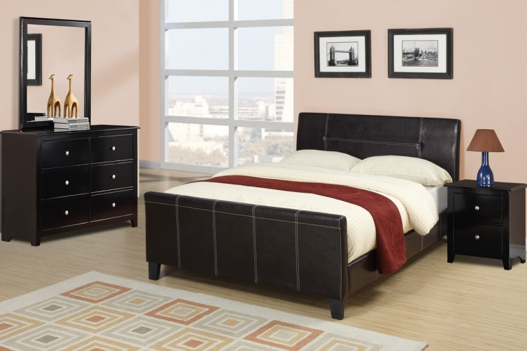 Nice Queen Size Platform Bed With Mini Sidetable And Lowes Lamp