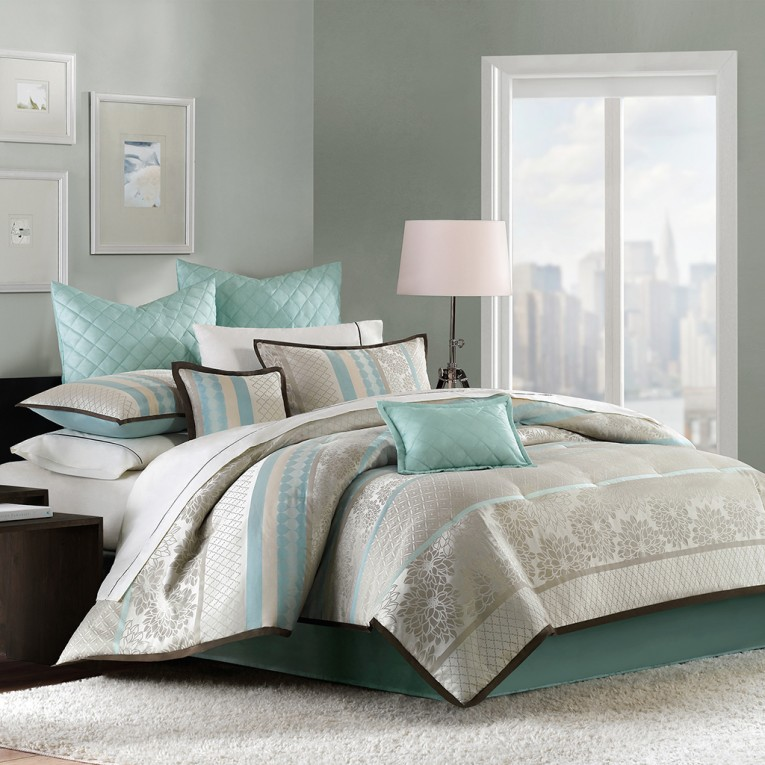 Night Lamp And Natori Bedding With Window Curtains
