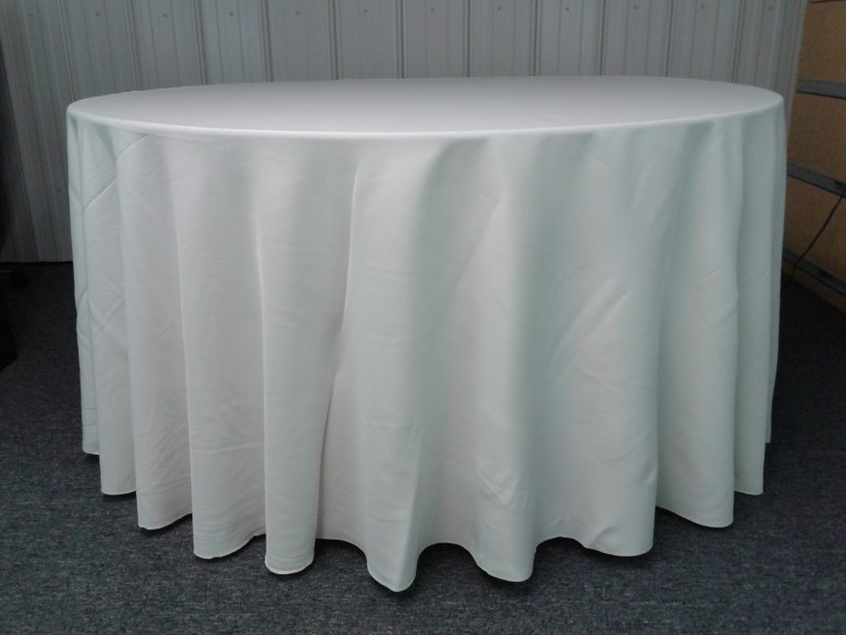 Simple Classy 120 Round Tablecloth White Color