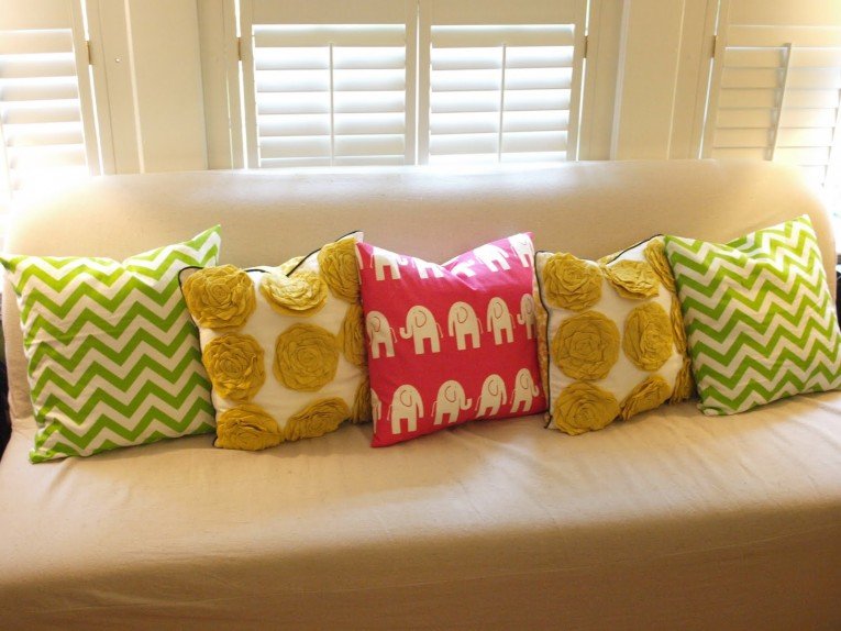 Sofa Pillows With Variant Color At Sofas