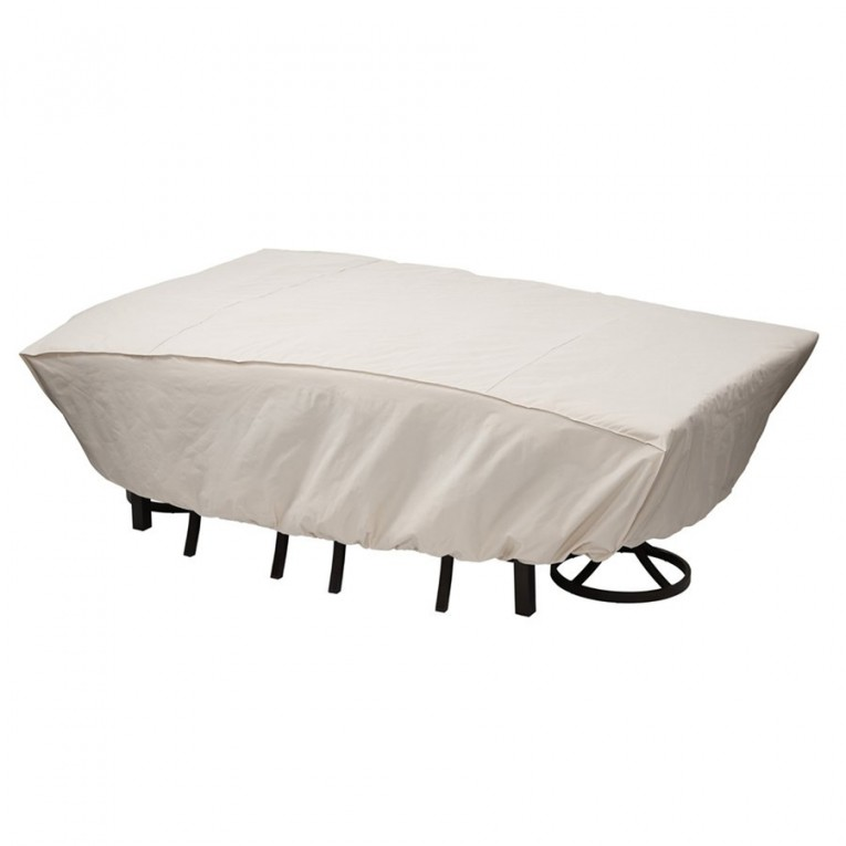 White Rugs And Waterproof Couch Cover