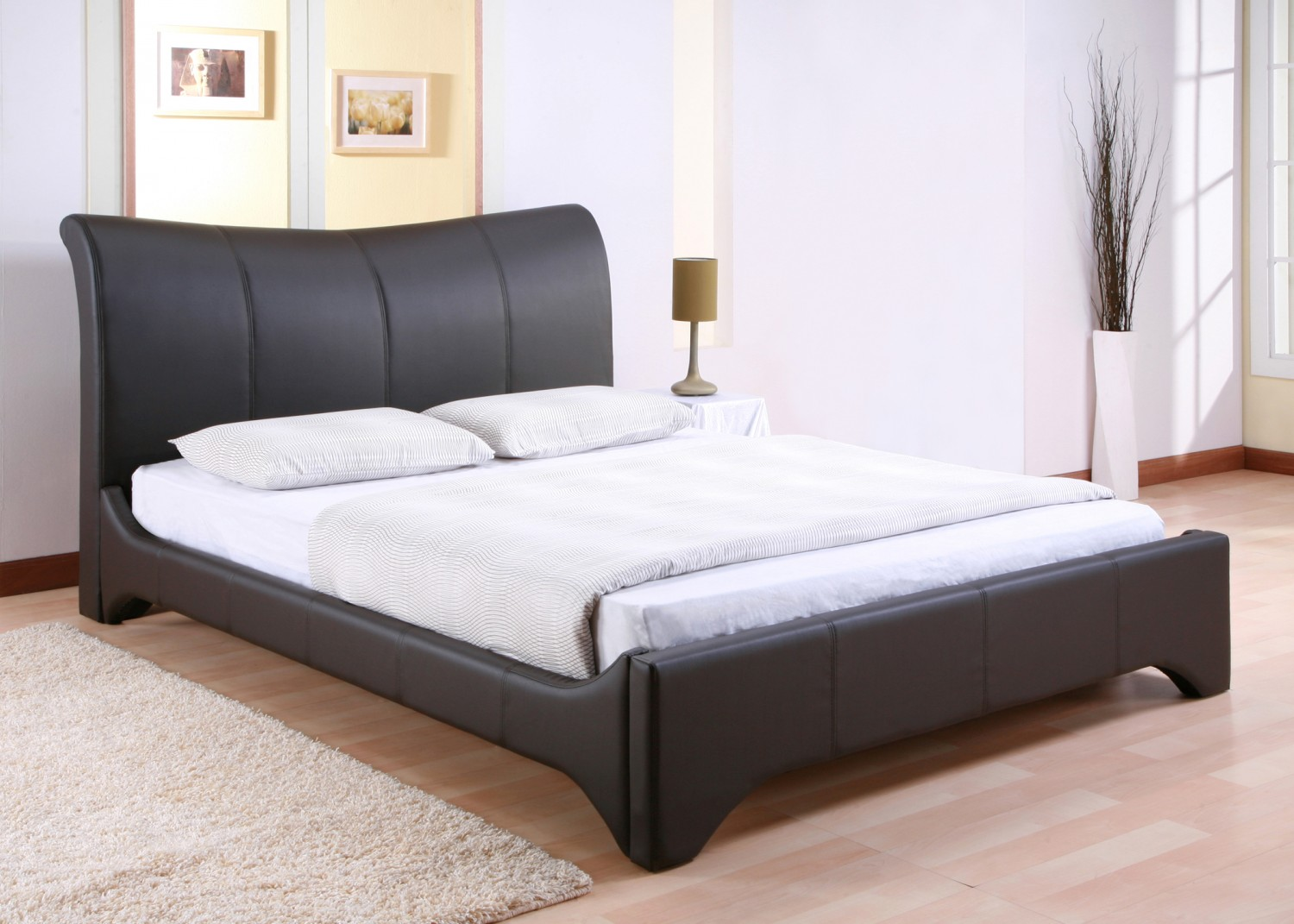 wonderful queen size platform bed with brown rugs