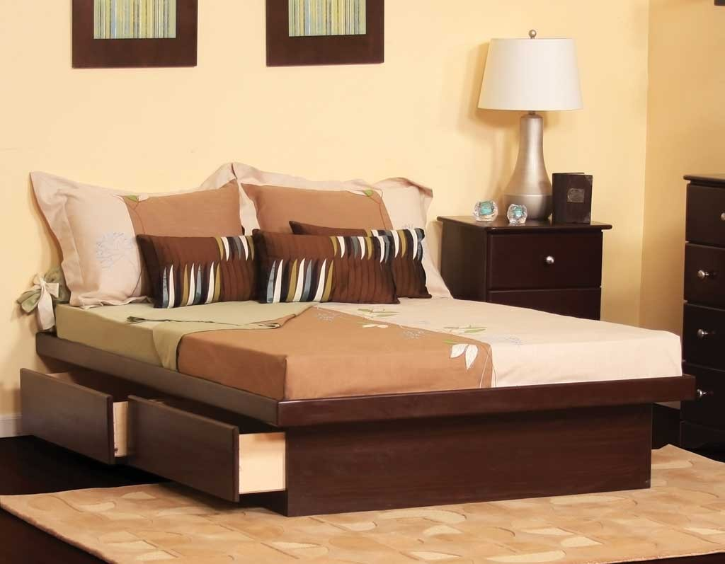 wondrous rugs with queen size platform bed and dresstable