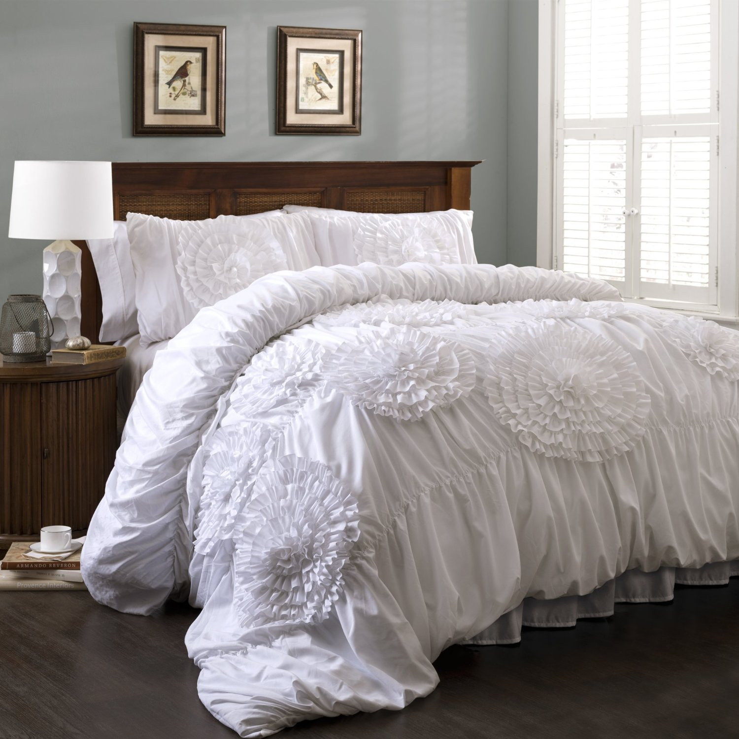 wooden headboard and ruffle comforter